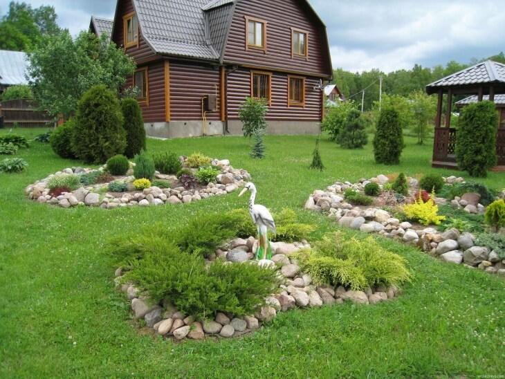 Украшение садовой территории с помощью рокария
