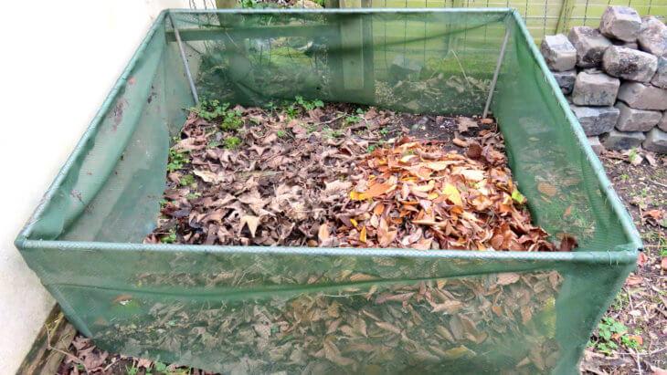 Один из видов компостной ямы