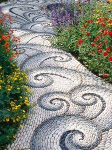 Декоративная садовая дорожка в ландшафтном дизайне
