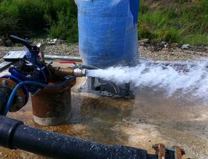 Как произвести раскачивание скважины на воду