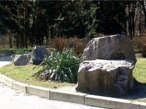 Большие камни для люков