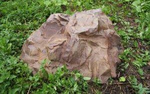 Камень на люк Люкс