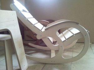Разновидности кресло качалки