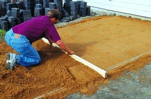 Правила подготовки участка для укладки своими руками тротуарной плитки