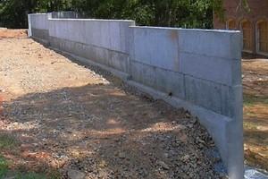 Как правильно строить подпорную стену