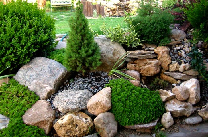 Рокарий с использованием крупных камней