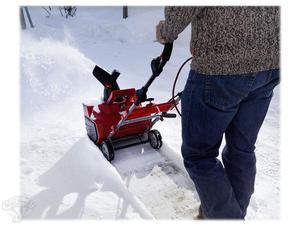 Нюансы покупки электрической лопаты для уборки снега