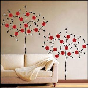 Трафареты для декора можно сделать самому или купить готовые.