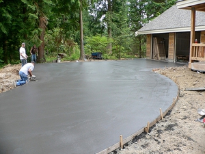 Цементное основание под плитку - создаем дорожку долговечную.